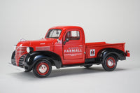 1941 Plymouth IH Farmall Pickup Red 1:24 Diecast Model