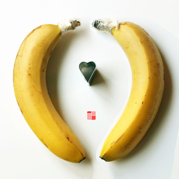 valentine, valentines, day, love, couples, banana, wrap, stem, ripe, last, store, gas,  bentology, bento, laptop, lunches, lunch, box, boxes, containers, ideas, laptop lunches, healthy, nutritious