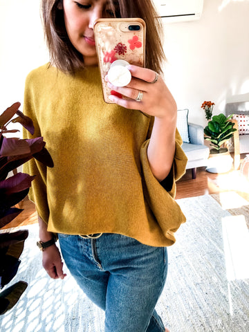 Poncho Look Knit      MUSTARD