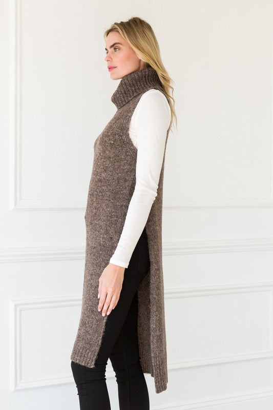 Open side seam sleeveless turtle sweater tunic -16578