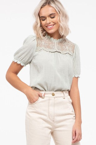 Short sleeve Blouse with lace detail