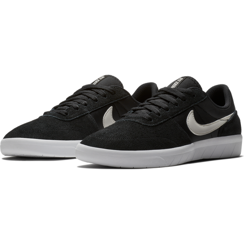 Nike SB Team Classic Black/Bone/White