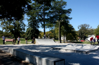 Beginner Skateboarding Lessons -  Small Group up to 5 - Venue Skateboards