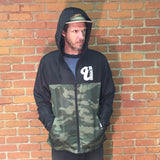 Venue Zip Hooded Lightweight Windbreaker Blk/Forest Camo-Front