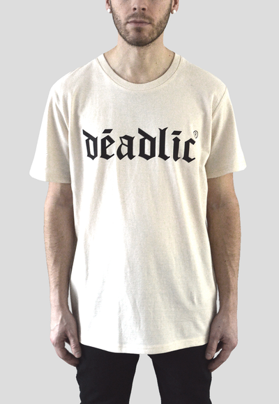 DEADLIC® Off white T-shirt