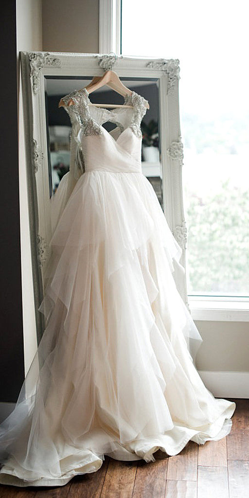 White sweetheart neck tulle long prom gown, wedding dress