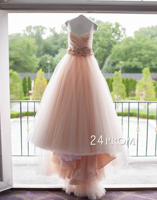 Custom made sweetheart neck tulle wedding dress