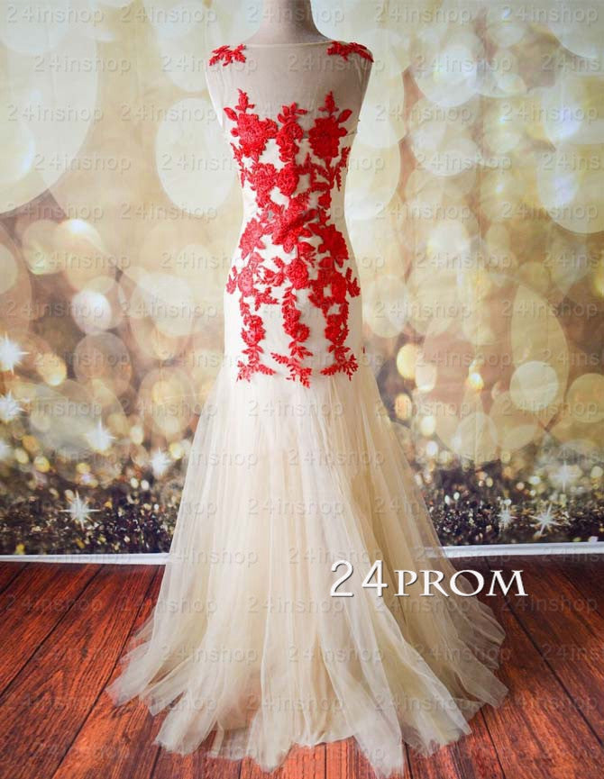 A-line Round Neckline Tulle Lace Long Prom Dresses