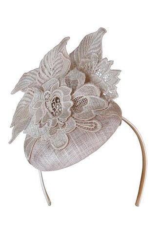 Jessie Fascinator in Nude