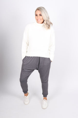 Lounge Pants in Dark Grey