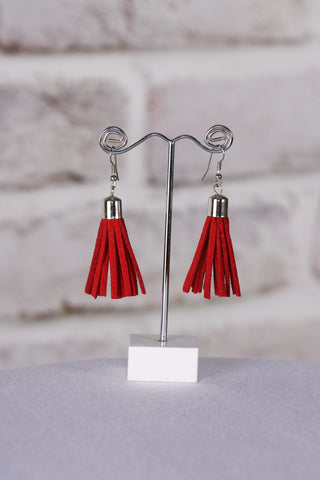 Admire Tassel Earrings in Red