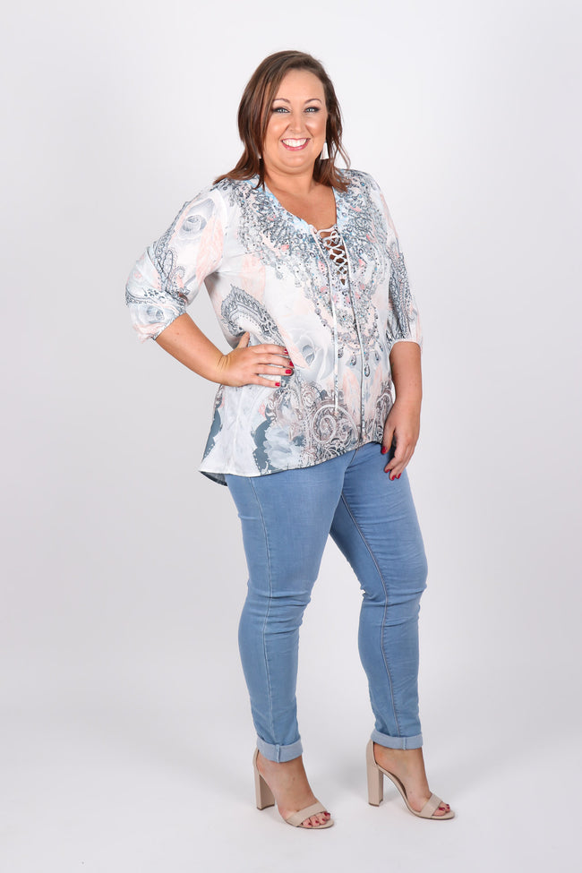 Bethany Blouse in Pastel Distinction