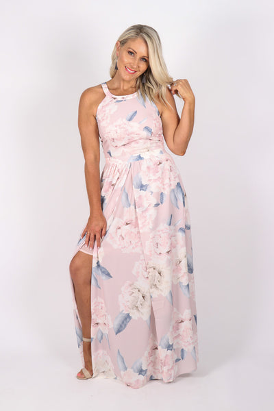 Neveah Dress in Pastel Pink