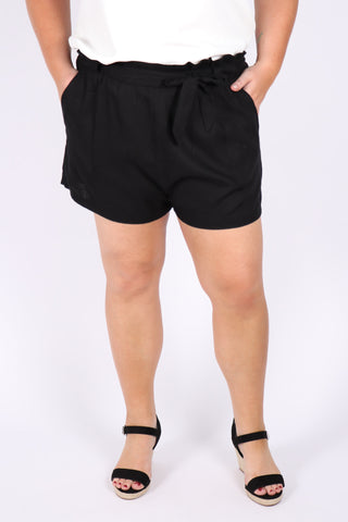 Apex Shorts in Black