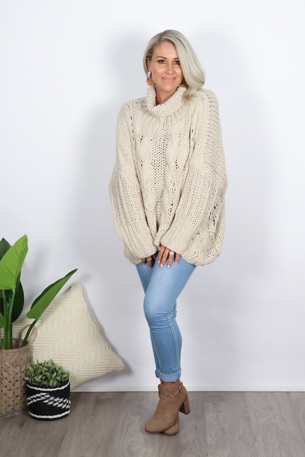 Ivy Roll Neck Knit in Beige