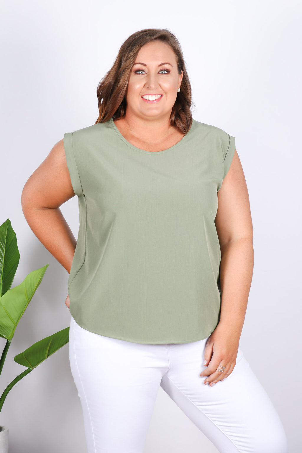 Basic Lover Top in Khaki