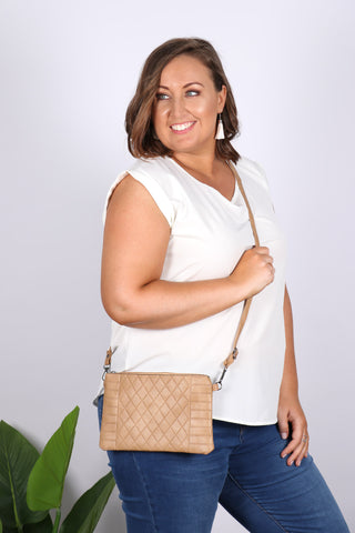 Missy Sling Bag in Sand