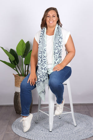 Hollows Scarf in Mint