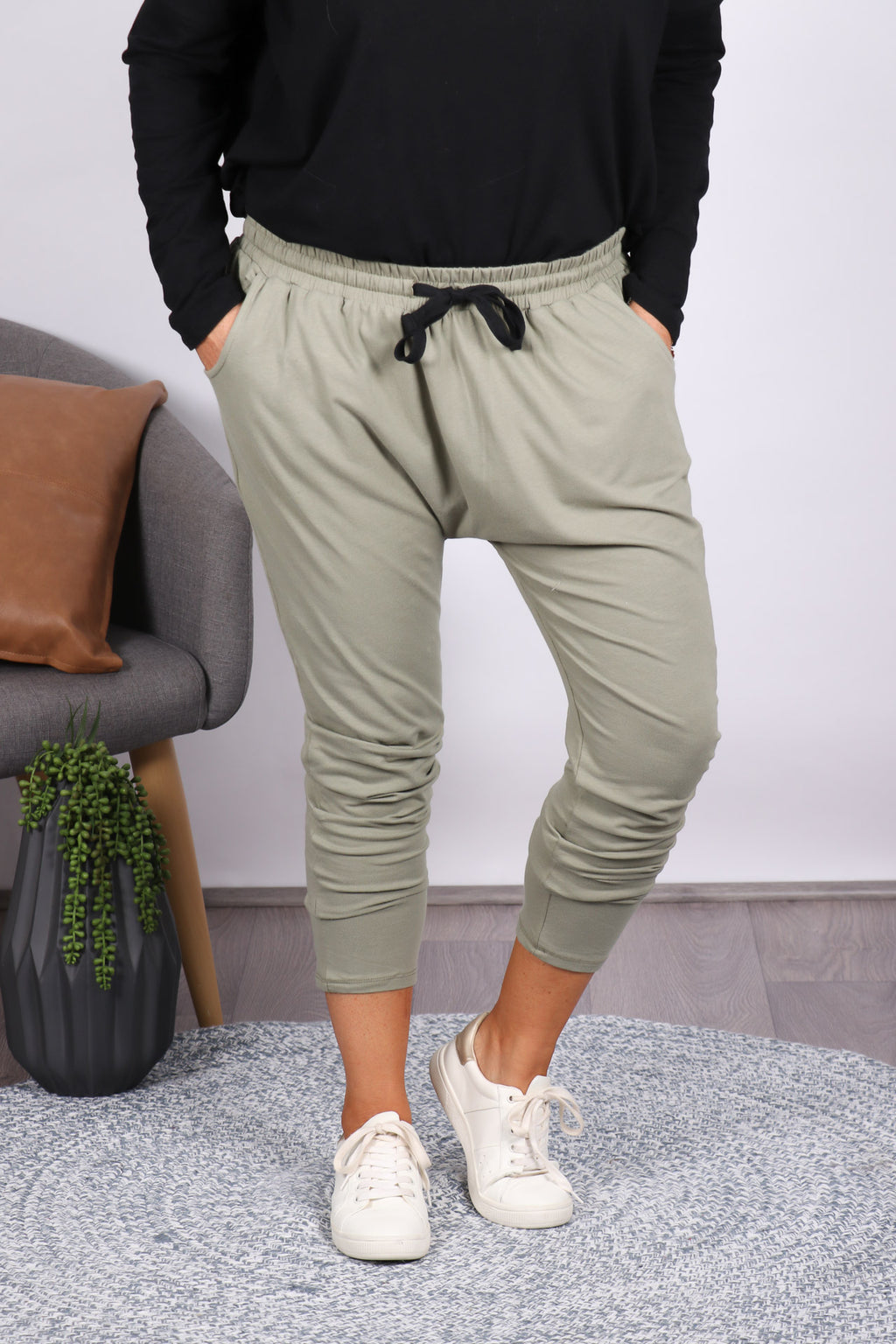Bella Pants in Moss