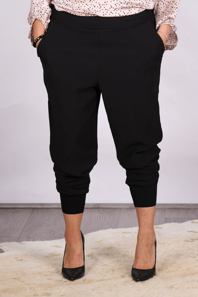 Keller Pants in Black