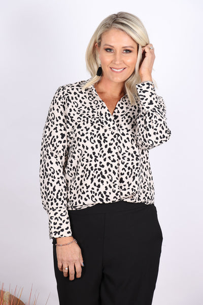 Honours Blouse in Beige