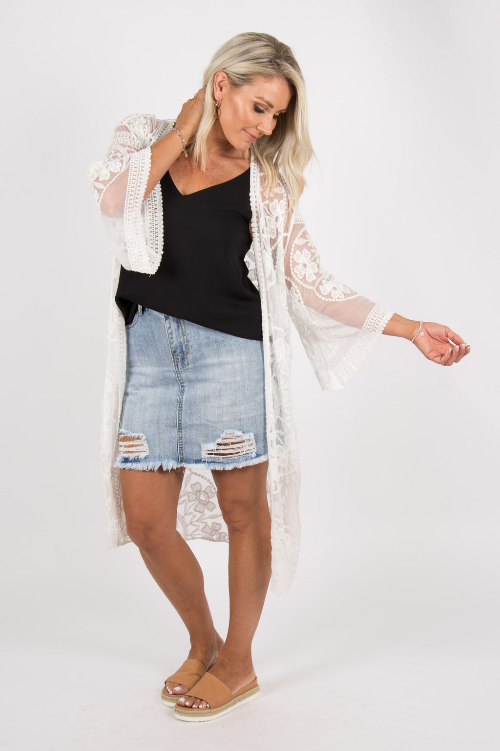Harmonious Lace Cape in White