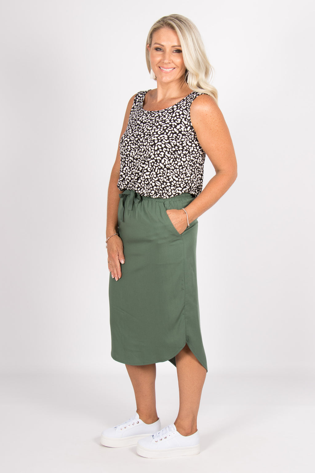 Carson Skirt in Forest
