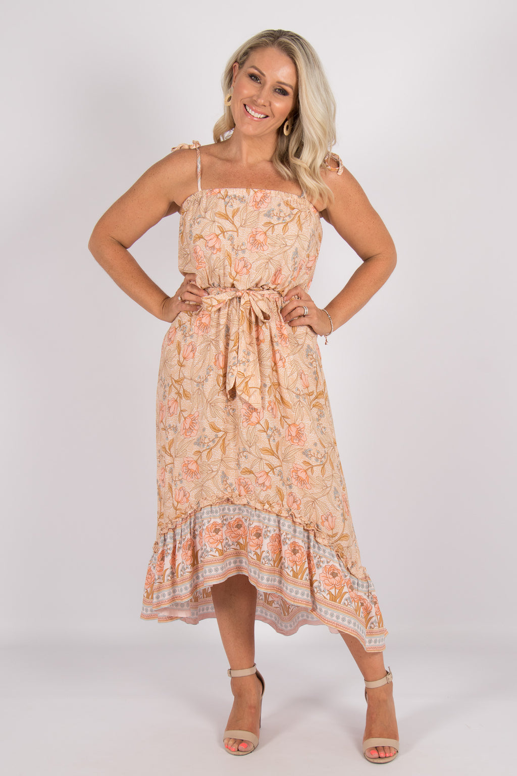 Monique Dress in Soft Peach