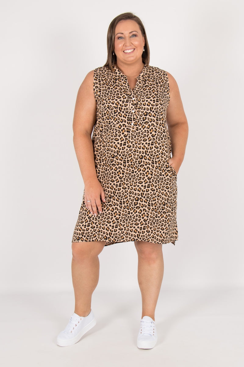 Carla Dress in Caramel Leopard