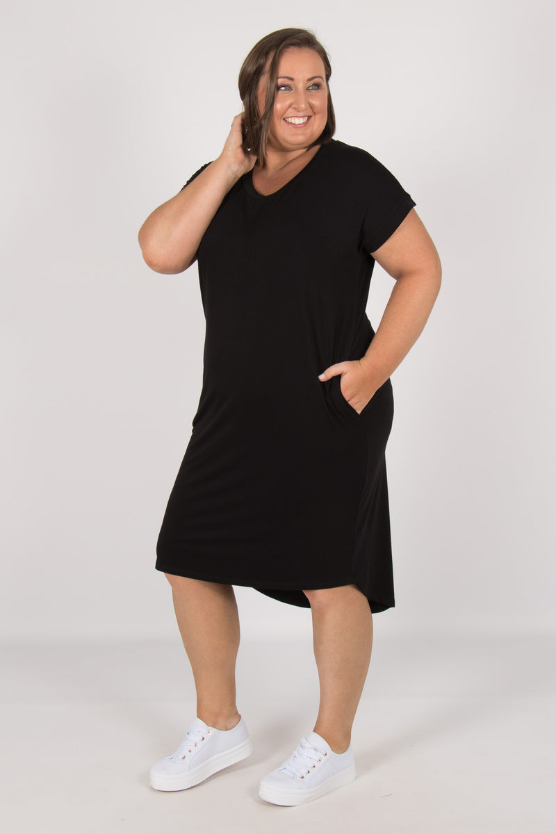 Avalon Dress in Black