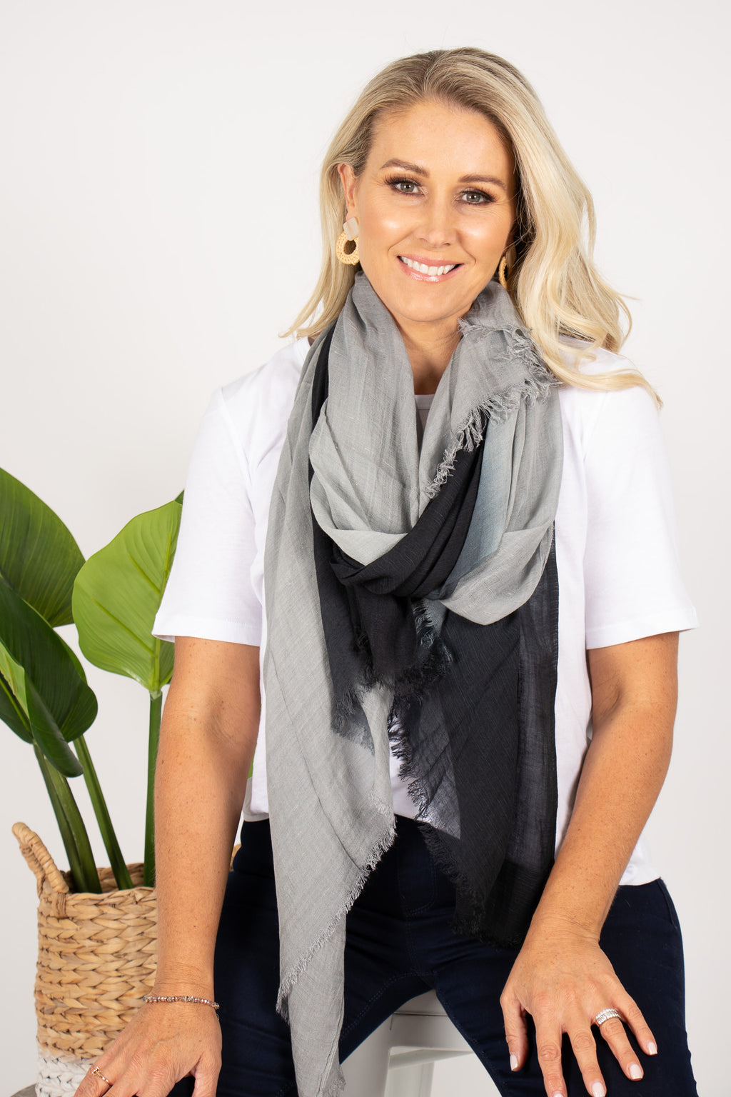 Kadina Scarf in Black/Grey