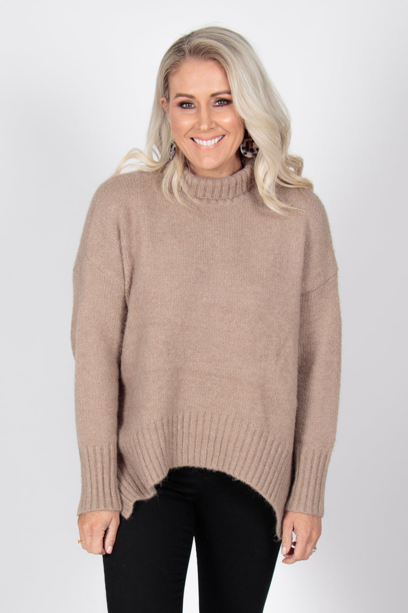 Marcello Knit Jumper in Mocha
