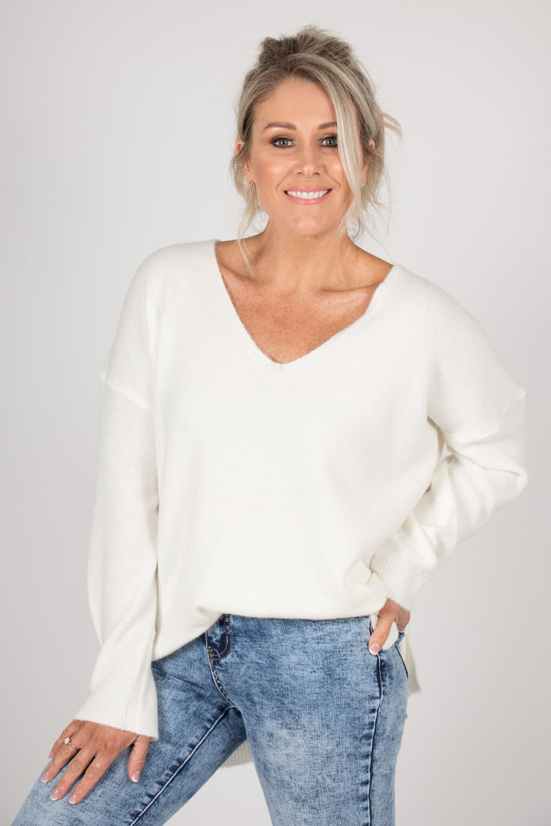 Arena Slouch Knit in White