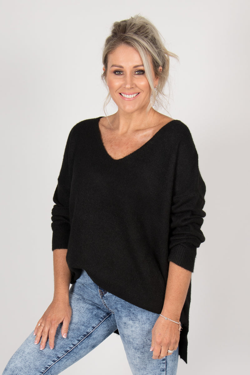 Arena Slouch Knit in Black