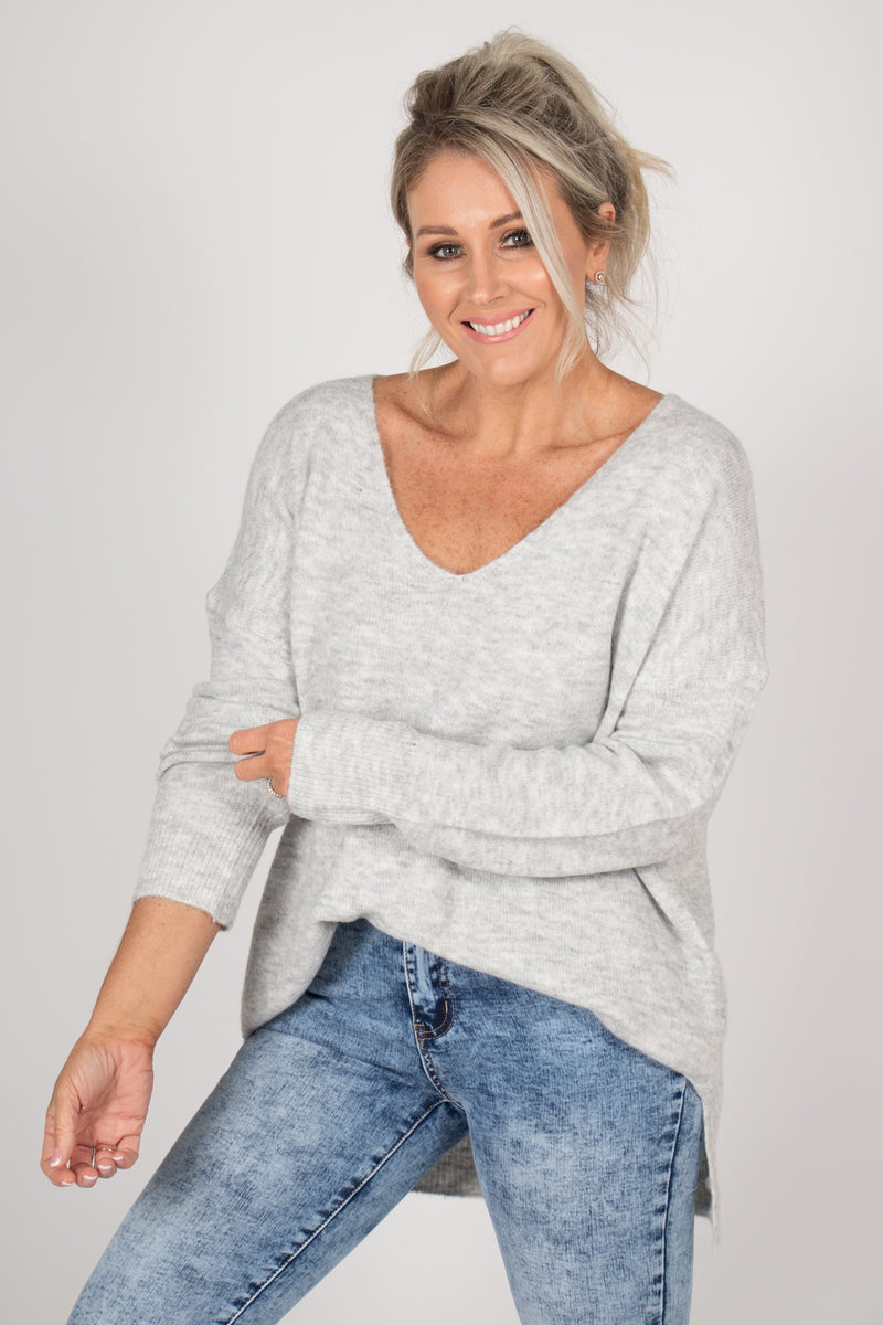 Arena Slouch Knit in Grey