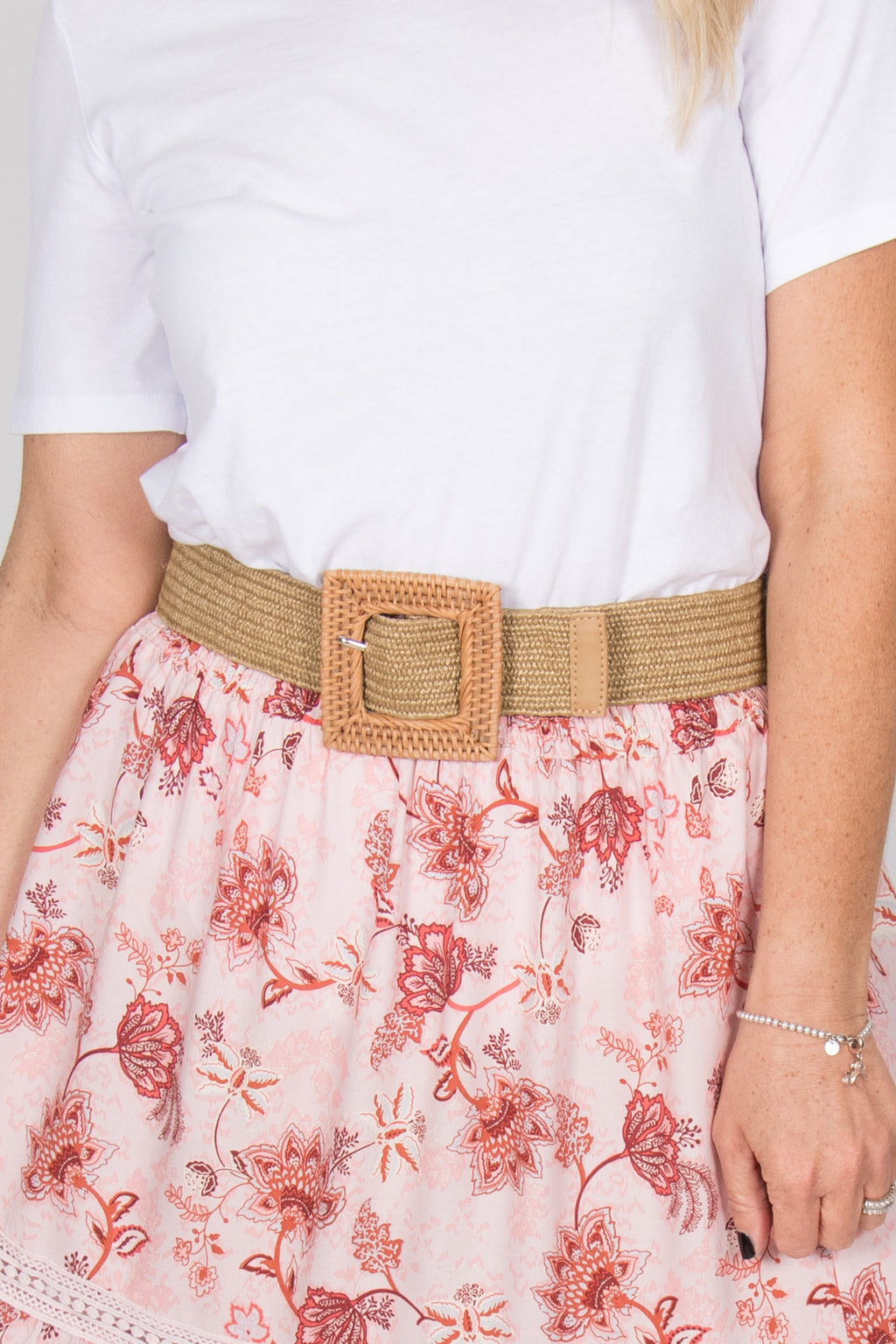 Remi Stretch Belt in Natural Square