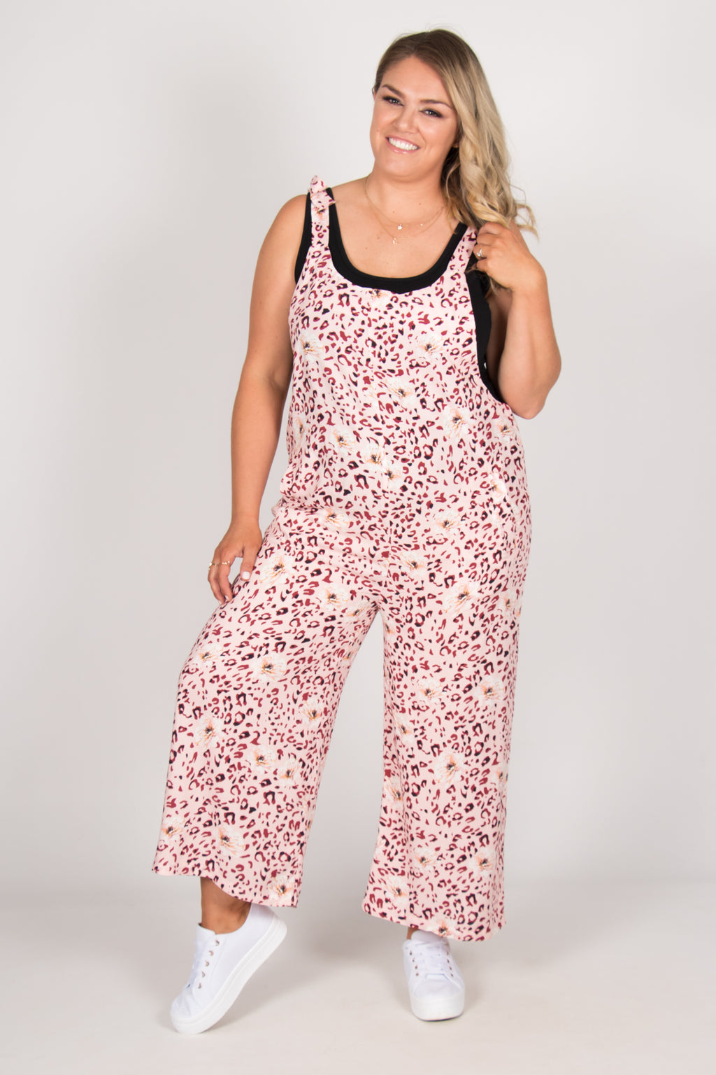 Bonnie Overalls in Pink