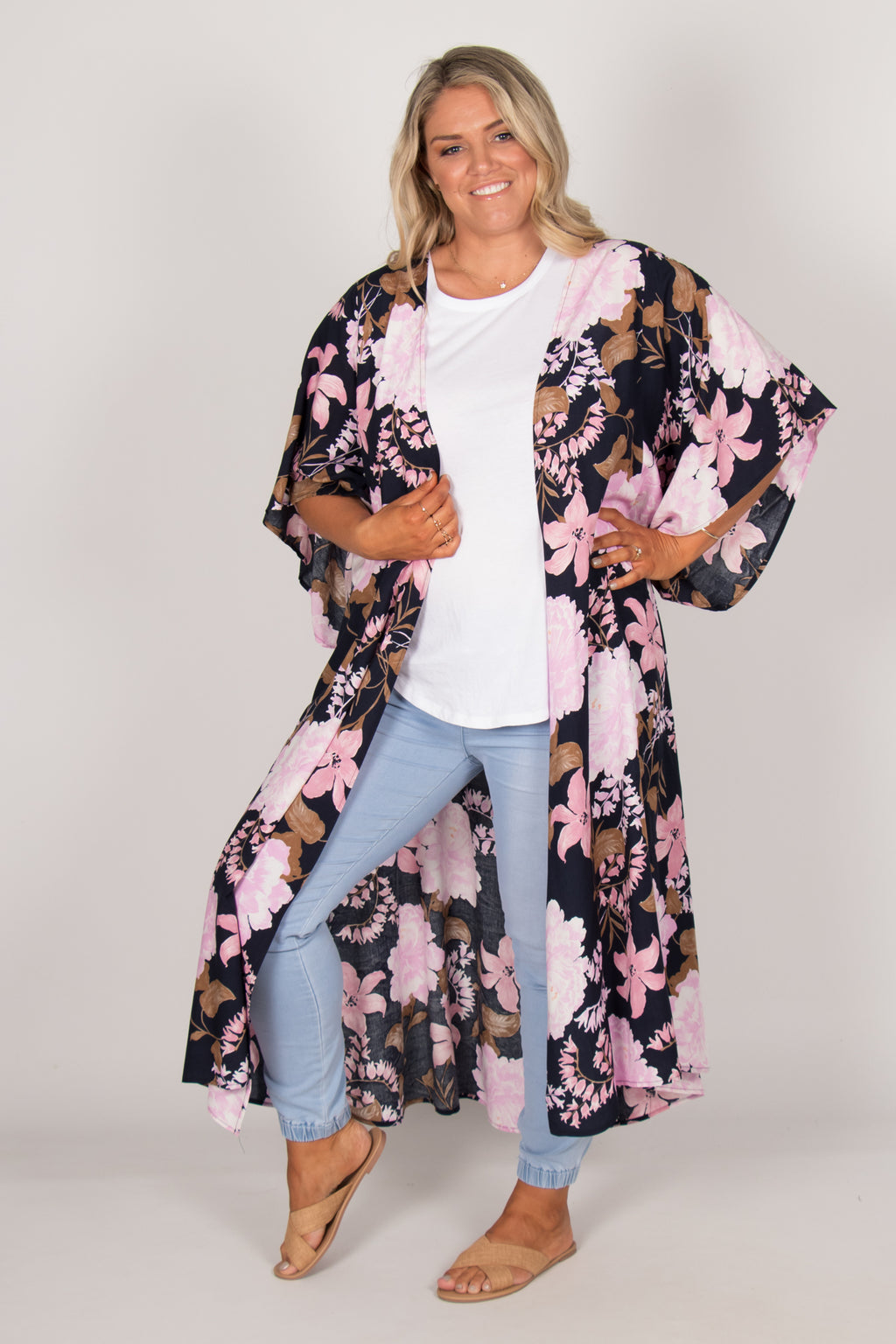 Leah Cape in Navy Bloom