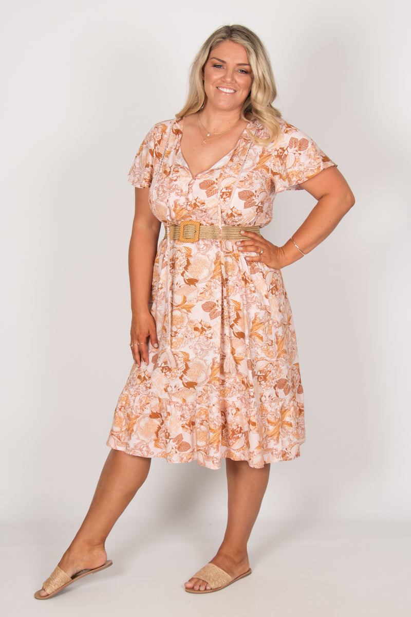 Maple Dress in Soft Pink