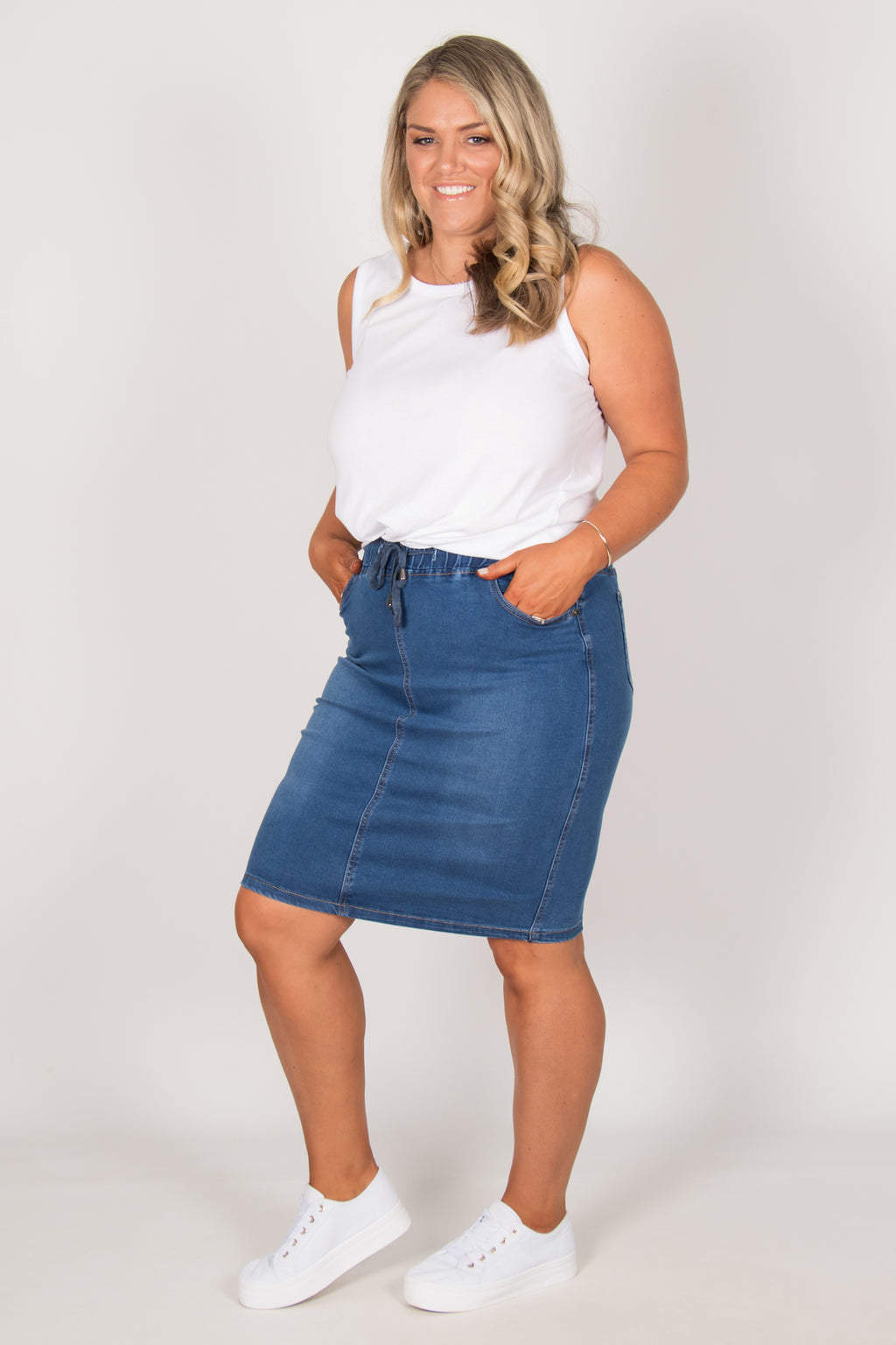 Harvey Denim Skirt in Dark