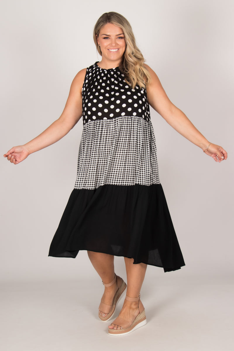 Nola Dress in Black/White