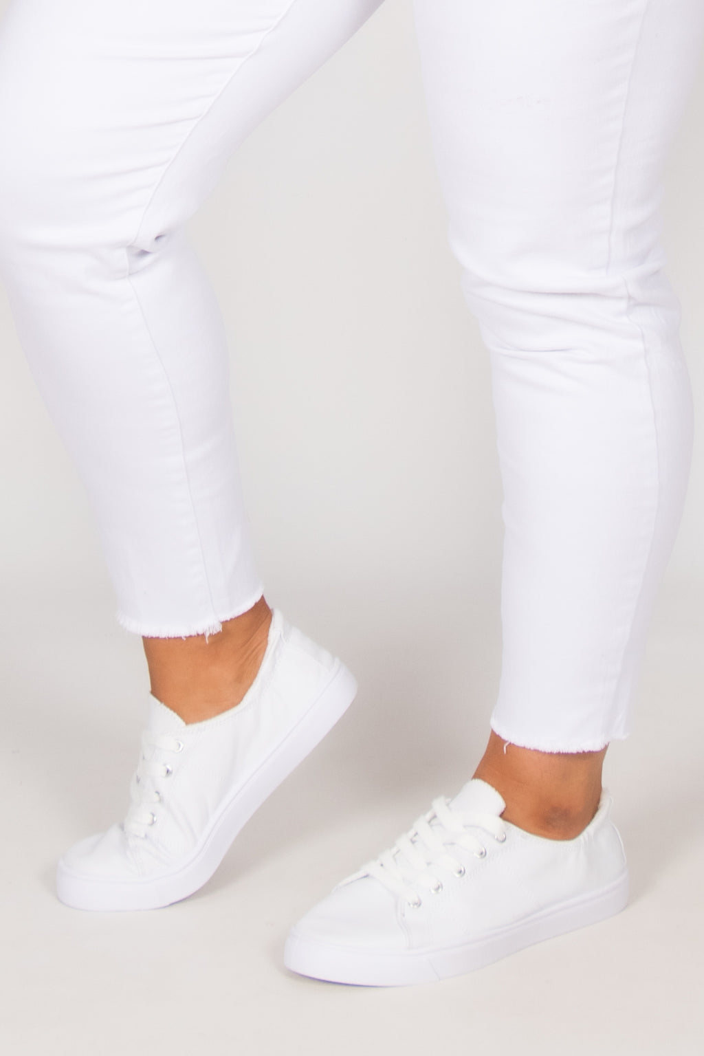 Sail Sneaker in White