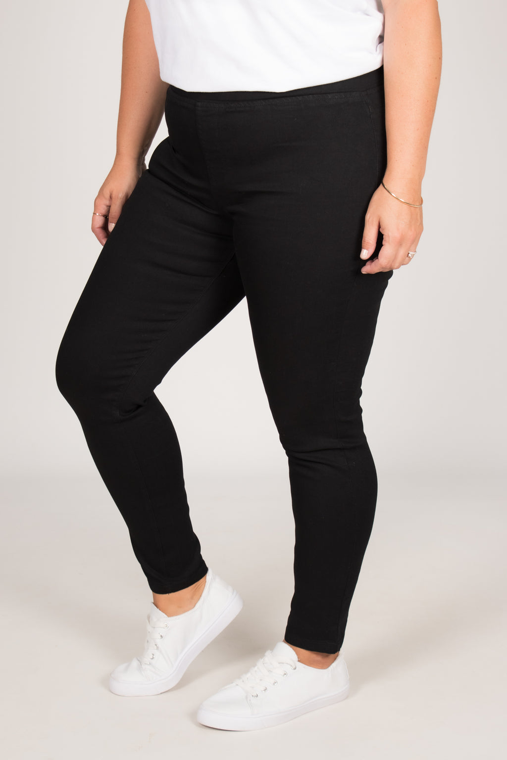 Miller Stretch Jean in Black