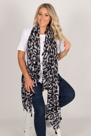 Swift Leopard Scarf in Grey