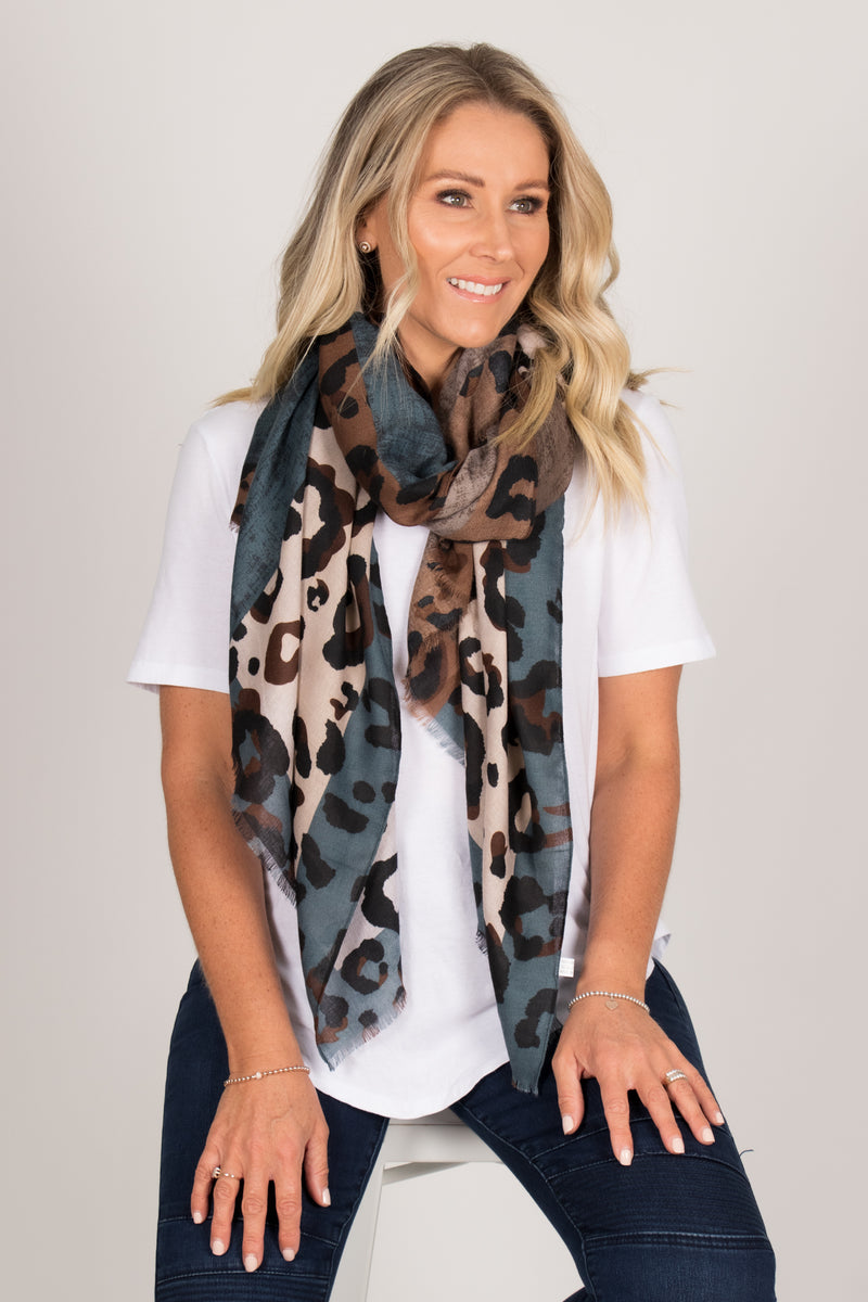 Karlee Scarf In Blue