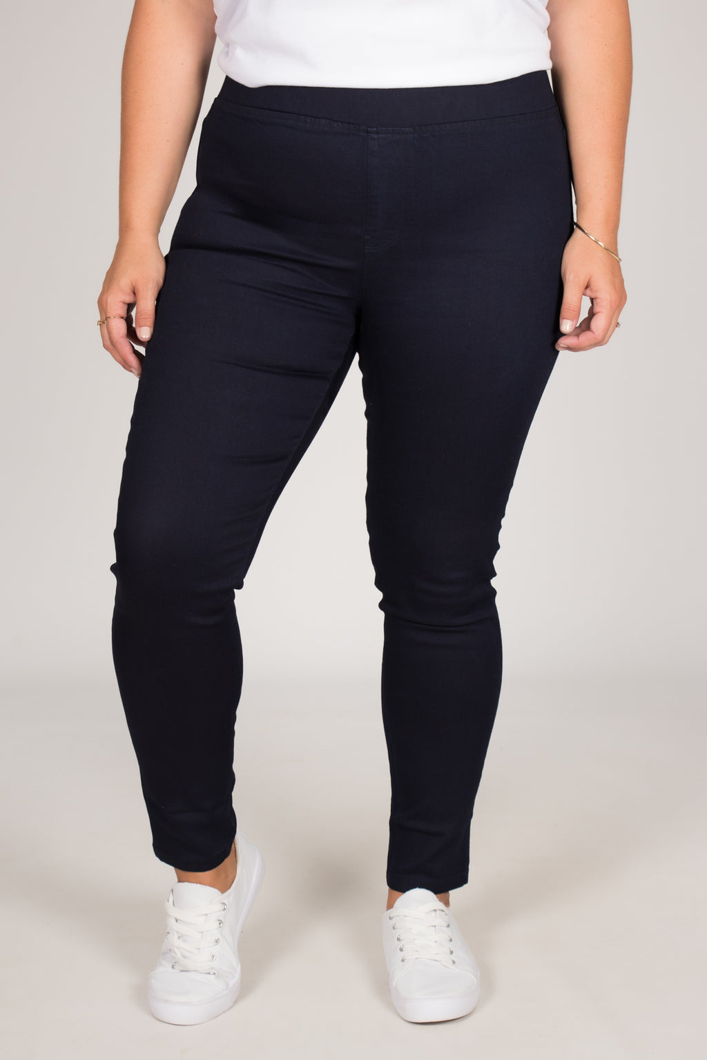 Miller Stretch Jean in Dark Blue