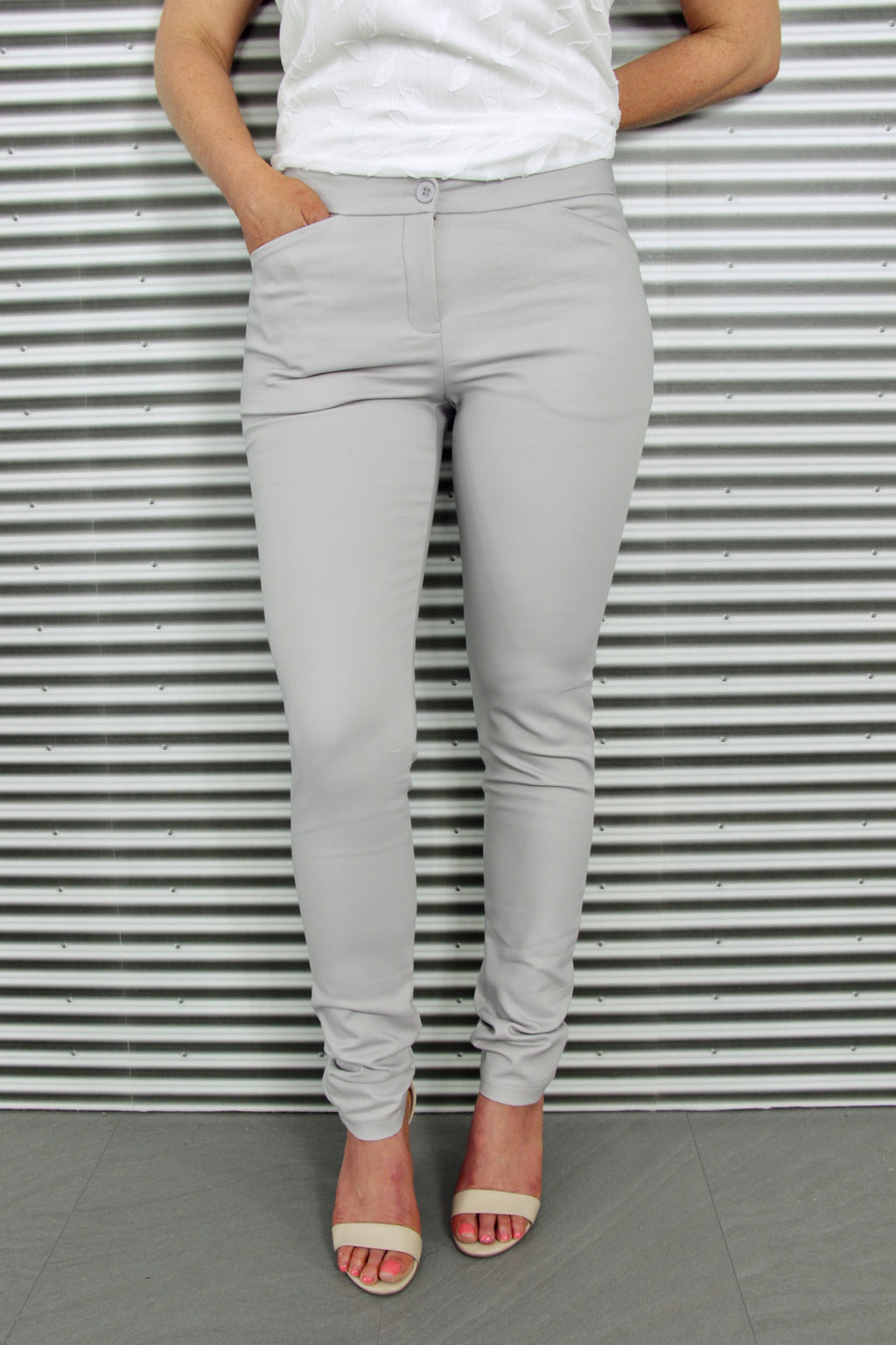Runway Tailored Pants in Soft Grey