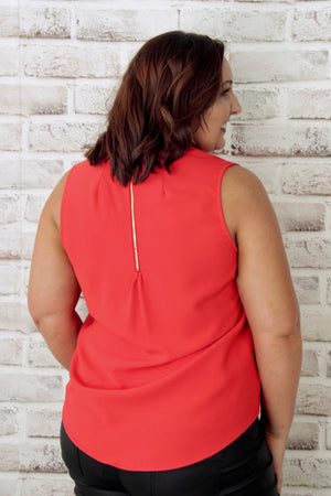 Aria Zip Top in Red