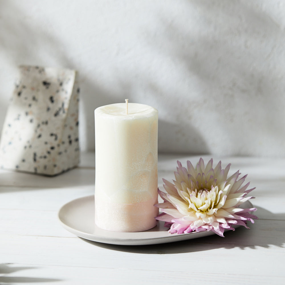 Pillar Candle (Feather) - tall concave round - Kandili