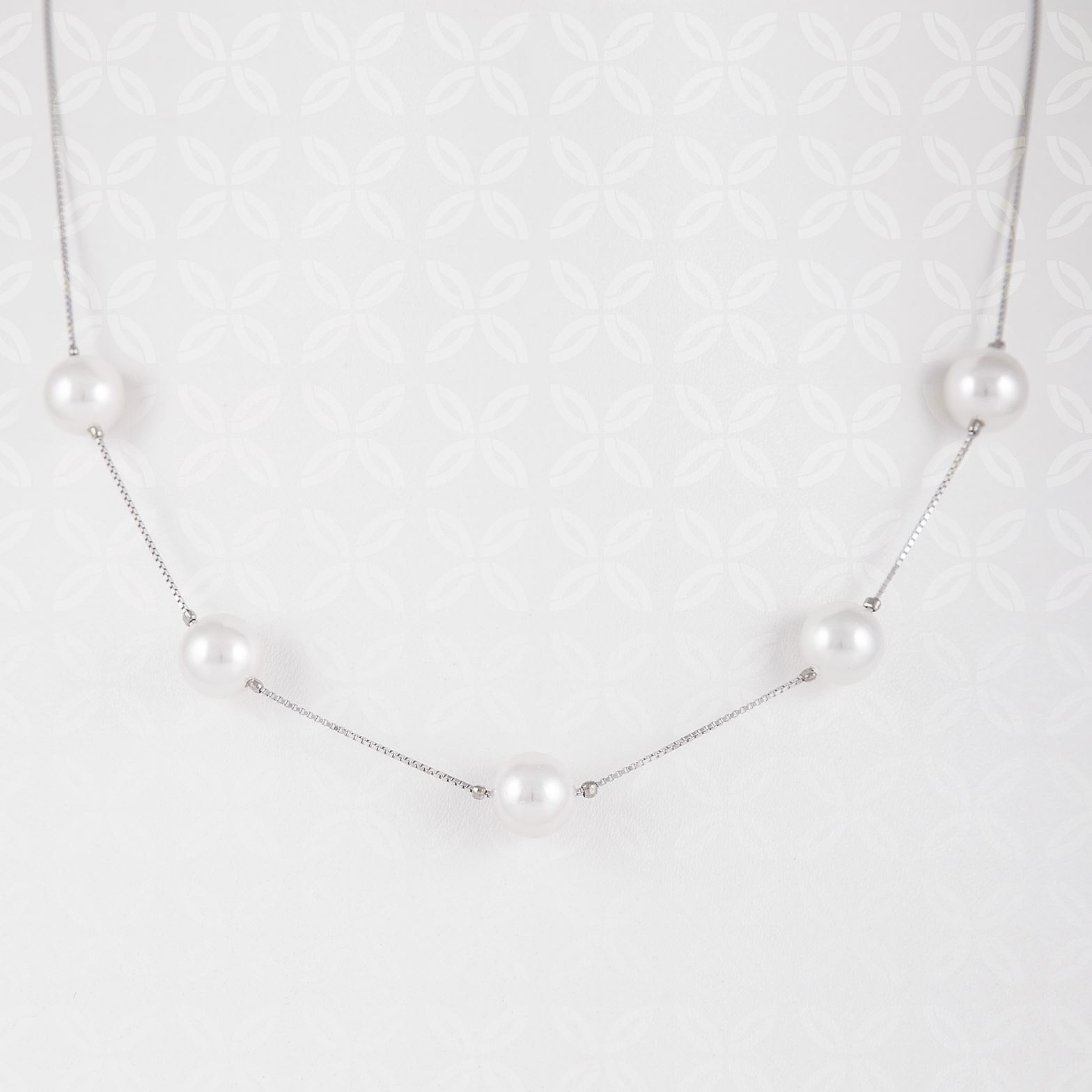 Five Pearls Necklace